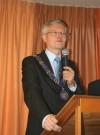 Burgemeester Th. Weterings van Beverwijk vertelt hoe belangrijk Banjaert is voor Wijk aan Zee en aangrenzend gebied