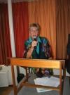 Nivon-voorzitter Jan Achttienribbe feliciteert alle Banjaertvrijwilligers met hun nieuwe accomodatie